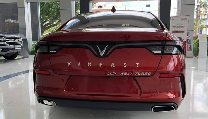 Đuôi xe VinFast Lux A2.0