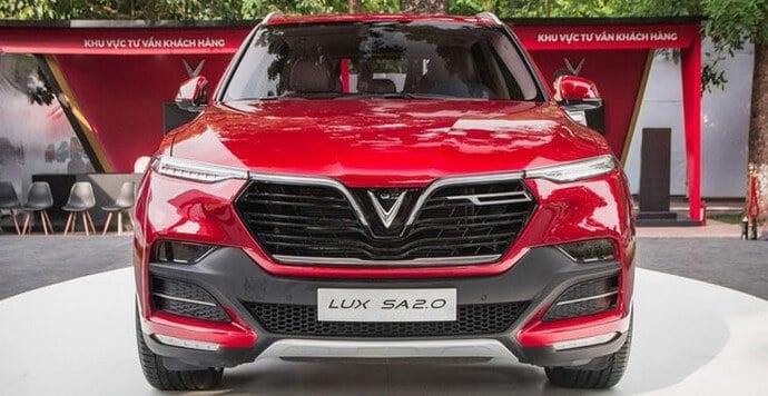 Phần đầu xe VinFast Lux SA2.0