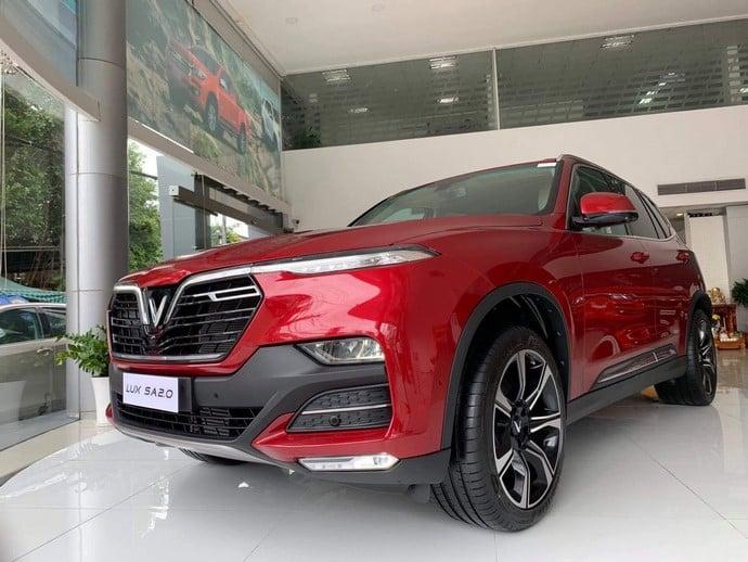 Cận Cảnh Chiếc SUV VinFast Lux SA2.0