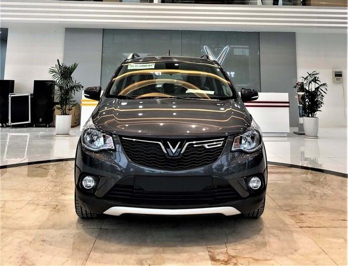 Phần đầu của VinFast Fadil Hatchback AT 1.4L