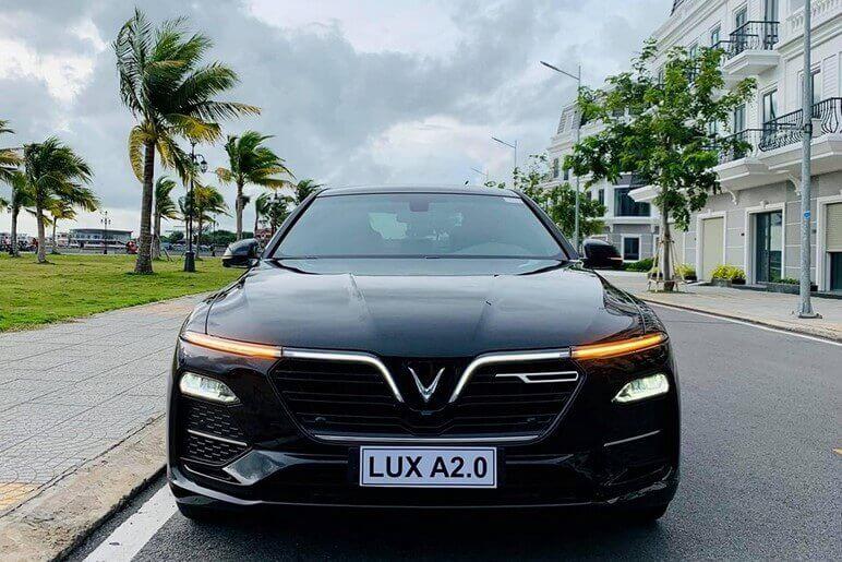 Giá Xe Lux A2.0 Mới Nhất