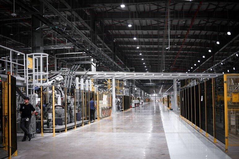 Ô Tô VinFast Sản Xuất Như Thế Nào Tại Nhà Máy Hải Phòng?