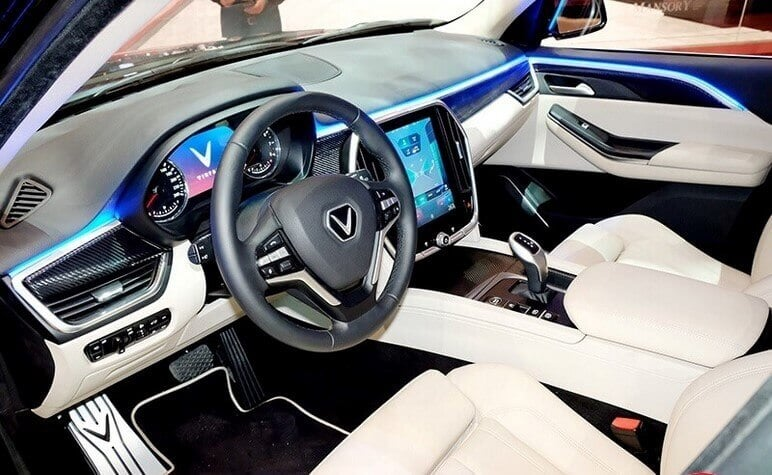 VinFast Lux V8 Được Ra Mắt Năm 2020