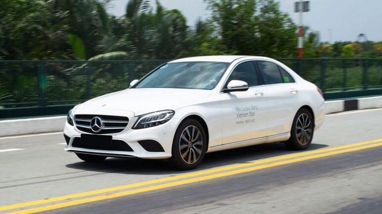 So Sánh Mercedes C200 2020