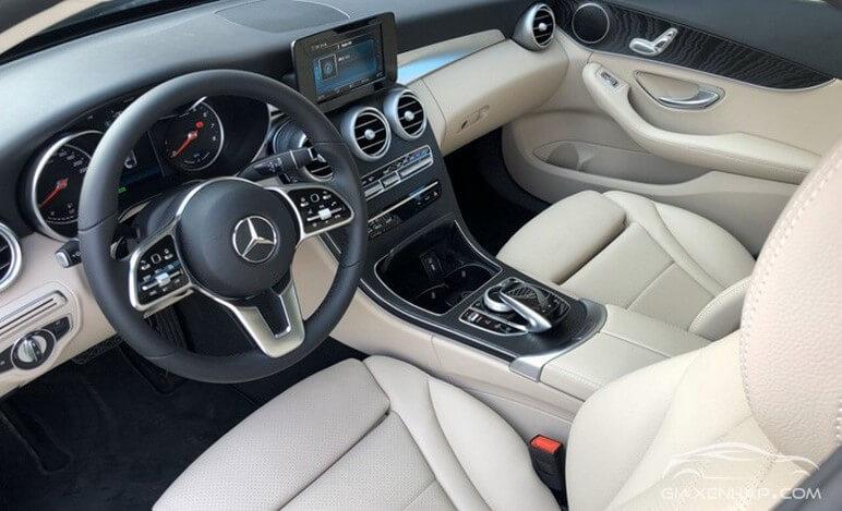 Nôi thất Mercedes C200 2020