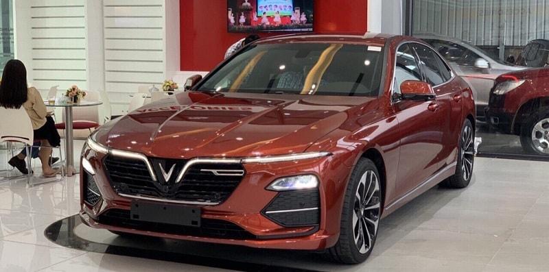 VinFast lọt TOP 10 với dòng xe ô tô VinFast Lux A2.0