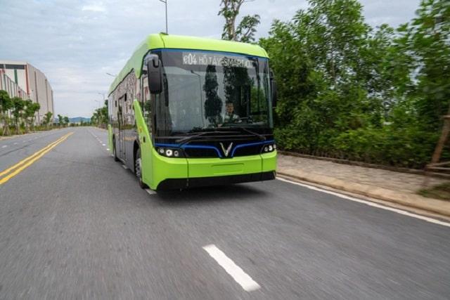 Xe Buýt VinFast sản xuất được vận hành tại Phú Quốc