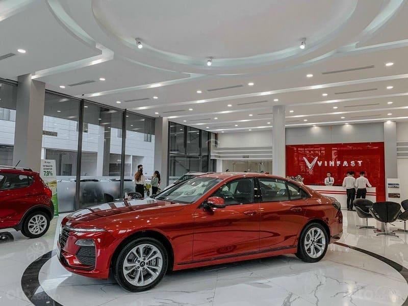 Giá xe ô tô VinFast mới nhất, đánh giá 3 dòng xe VinFast chi tiết