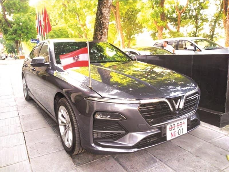Đại sứ quán nước Áo sử dụng xe VinFast làm xe công vụ