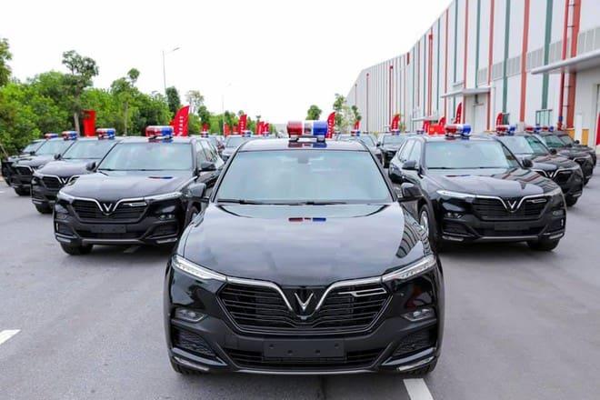 70 xe công an VinFast được sản xuất và bàn giao siêu ngầu
