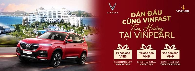 VinFast tặng quà, mua xe 1 năm nhận quà 4 lần