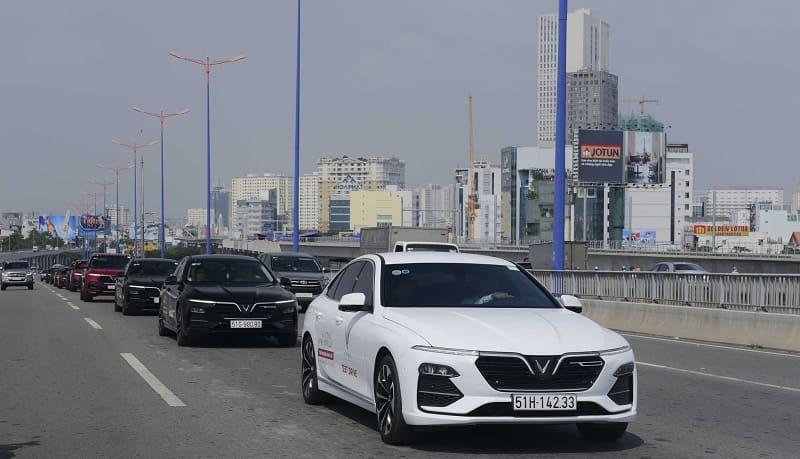 Đối với xe ô tô VinFast Lux A2.0
