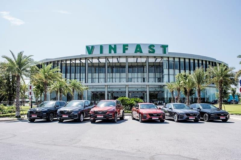 Món quà VinFast tri ân khách hàng đồng hành
