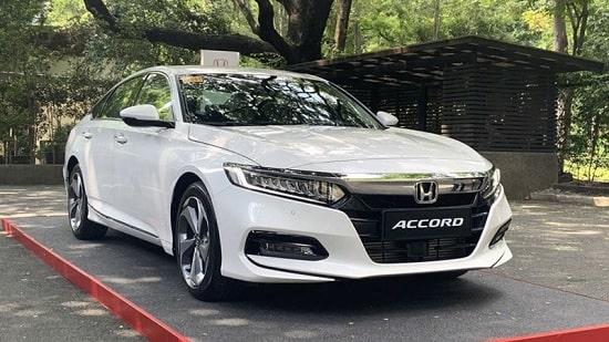 Honda Accord: Doanh số đạt 285 chiếc