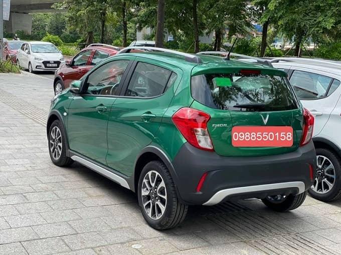 Xe VinFast Fadil màu xanh lá