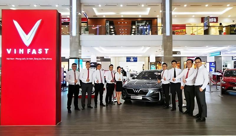 VinFast Fadil khẳng định ngôi vương về doanh số ô tô tháng 2