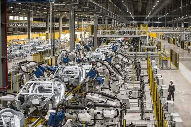Dự định xây dựng nhà máy của VinFast tại Mỹ, sẽ bán xe năm 2022?