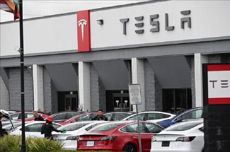 Tesla gặp hạn ở Trung Quốc
