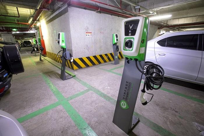 Lắp trạm sạc xe điện tại chung cư: VinFast thực hiện chính sách ưu đãi cực lớn