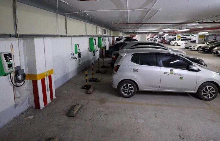 Miễn phí 100% chi phí đầu tư lắp trạm sạc xe điện